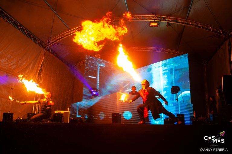 Photo Cosmos Festival vj flamme